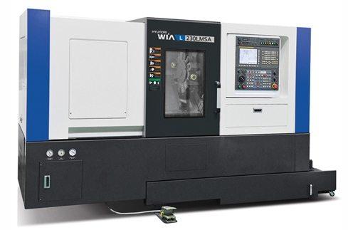Achtergrond foto Nieuwe Hyundai L230 LMSA draaiautomaat voor Betech Kunststoffen