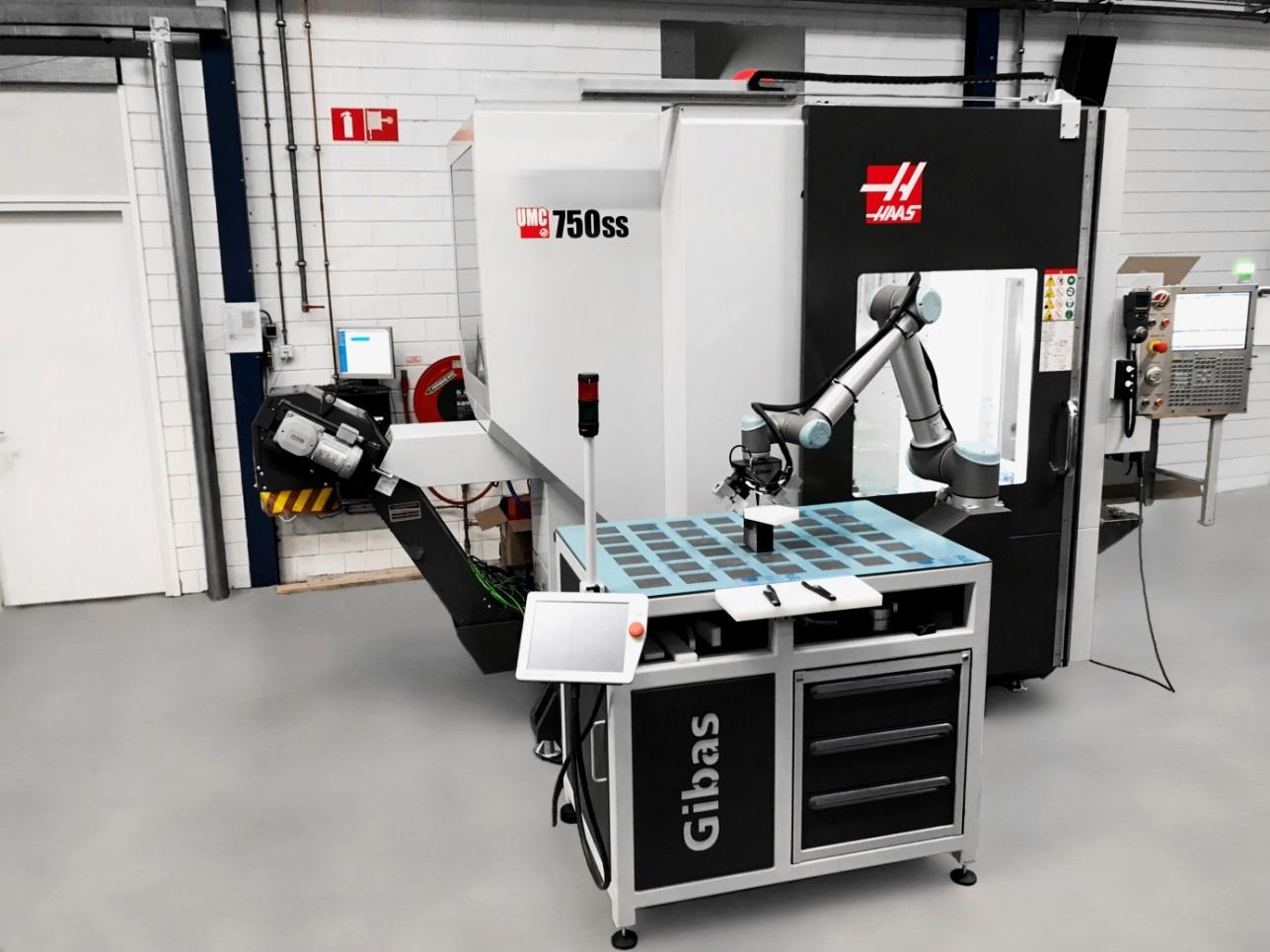 Achtergrond foto Betech Kunststoffen verhoogt CNC productiecapaciteit met 20%